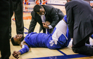 Nerlens Noel in agony after tearing his ACL (picture credit Atlanta Blackstar)