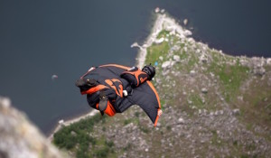 wingsuit basejumping